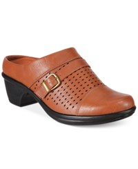Easy Street Shoes Cleveland Mules Women's Tan