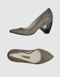 Miezko Pumps Grey