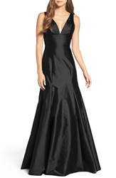 Monique Lhuillier Bridesmaids Women's Deep V Neck Taffeta Trumpet Gown Black
