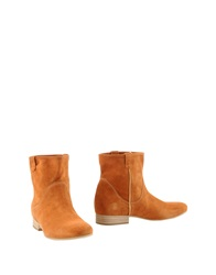 Vic Ankle Boots Rust