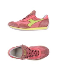 Diadora Heritage Low Tops And Trainers Coral