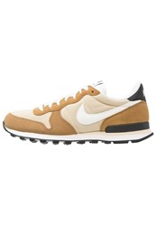 Nike Sportswear Internationalist Trainers Vegas Gold Sail Rocky Tan Black Beach Sail Light Brown