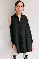 Silence And Noise Ciara Cold Shoulder Button Down Shirt Black