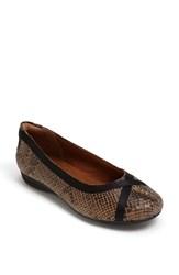 Women's Cobb Hill 'Revchi' Flat