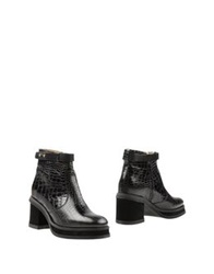 Purified Ankle Boots Black