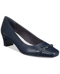 Easy Street Shoes Venture Pumps Women's Navy