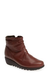 Munro American Women's Munro 'Riley' Ankle Boot Tobacco Leather