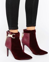 Forever Unique Thelma Chain Heeled Boot Red