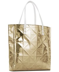 Elizabeth Arden Receive A Free Tote With 75 Purchase