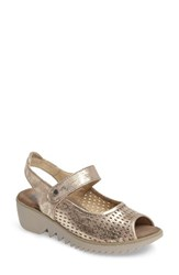 Wolky Women's Blade Sandal Champagne Nubuck Leather