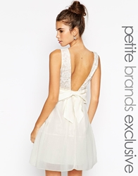 Little Mistress Petite Prom Dress With Plunge Back And Bow Cream