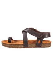Art Creta Flip Flops Brown