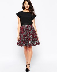 Closet Pleated Skirt In Floral Swirl Print Multi