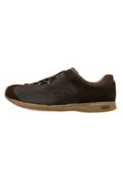 Keen A86 Trainers Cascade Brown