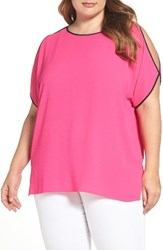 Vince Camuto Plus Size Women's Contrast Trim Cold Shoulder Blouse