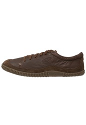 Keen Hilo Trainers Dark Earth Brown