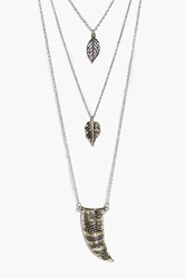 Boohoo Leaf And Horn Pendant Layered Necklace Gold