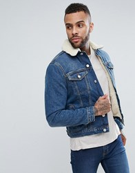 New Look Borg Lined Denim Jacket In Mid Blue Wash Blue