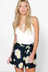 Boohoo Daisy Print Tie Belt Flippy Shorts Black