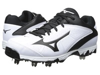 Mizuno 9 Spike Swift 4 White Black Women's Cleated Shoes