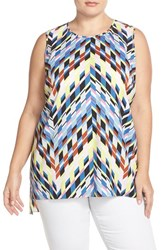 Plus Size Women's Vince Camuto 'Chevron Frenzy' Print Sleeveless Shirttail Blouse