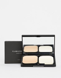 New Look Flawless Foundation Compact Light Brown Clear