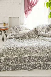 Plum And Bow Lola Woodblock Quilt Grey