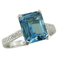 Ewa 18Ct White Gold Diamond Shoulder Cocktail Ring Blue Topaz