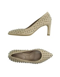 Vic Footwear Courts Women