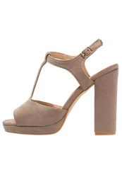 Refresh Platform Sandals Taupe