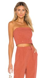 C Meo Collective Mode Top In Pink. Rose