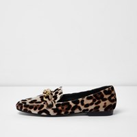 River Island Womens Beige Leopard Print Gold Tone Chain Loafers