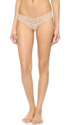 Hanky Panky Petite Signature Lace Low Rise Thong Chai