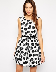 Club L Belted Skater Dress In Daisy White