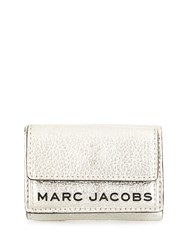Marc Jacobs Logo Trifold Wallet 60