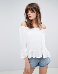 Minimum Off The Shoulder Top With Fluted Sleeve White