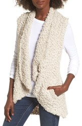 Coffee Shop 'S Whubby Sweater Vest Clam Shell