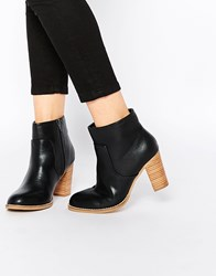 Oasis Block Heel Boot With Stitching Detail Black