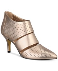 Bella Vita Danica Pumps Women's Shoes Champagne