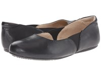 Softwalk Norwich Black Soft Tumbled Leather Women's Dress Flat Shoes
