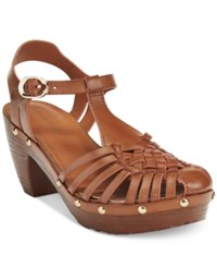 Bare Traps Sanata T Strap Sandals Women's Shoes Brushed Brown