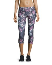 Onzie Graphic Capri Athletic Leggings Calavera