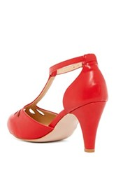 Chase And Chloe Kimmy Teardrop Cutout T Strap Pump Red