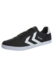 Hummel Slimmer Stadil Low Trainers Black White