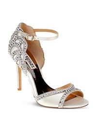 Badgley Mischka Roxy Vintage High Heel Sandals Ivory