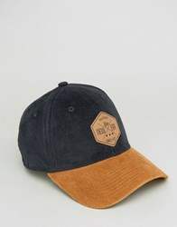 New Era 39Thirty Fitted Cap In Corduroy Black