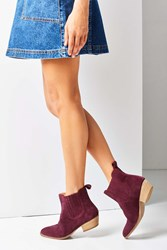 Urban Outfitters July Chelsea Boot Maroon