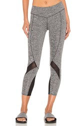 Solow Contort Capri Legging Gray