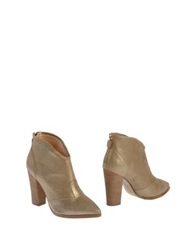 Lola Cruz Ankle Boots Gold
