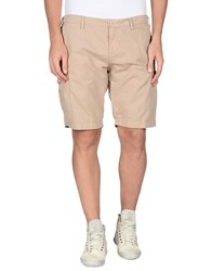 Perfection Trousers Bermuda Shorts Men Sand